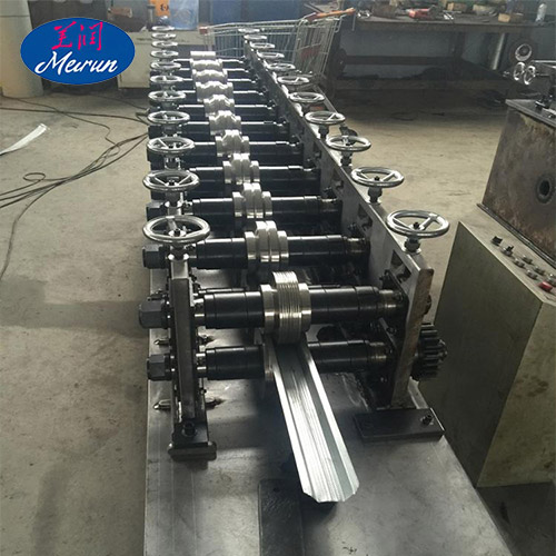 Europe Style Fence Forming Machine
