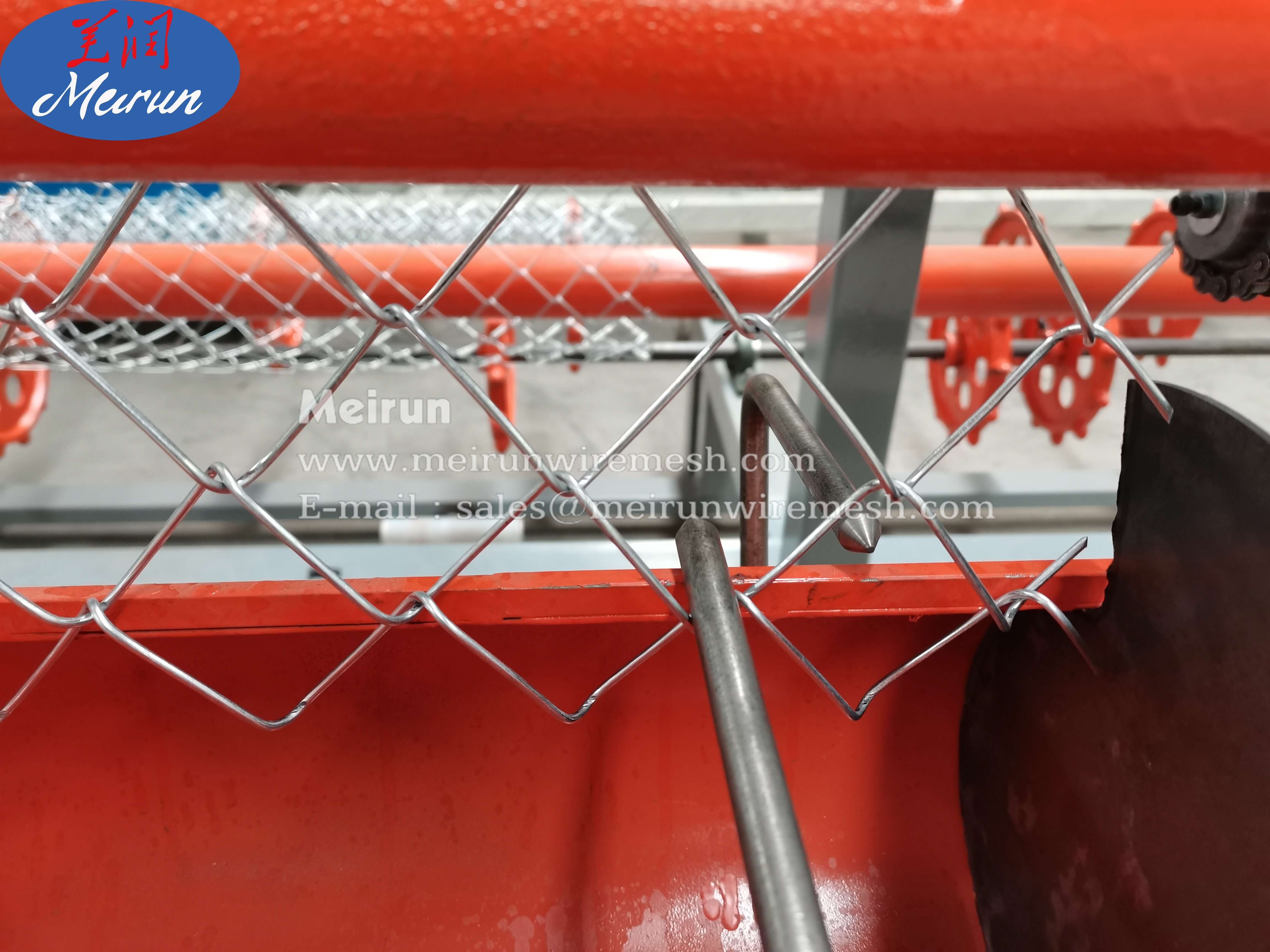 Chain Link Wire Fence Net Making Machine